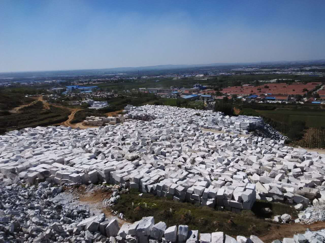 Guangxi White Chinese Marble Quarry (6)