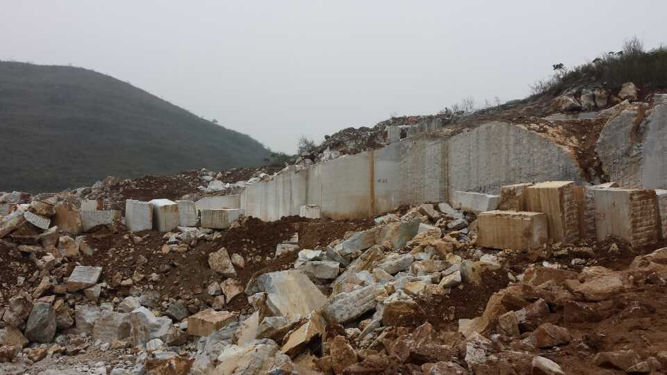 Guangxi White Chinese Marble Quarry (11)