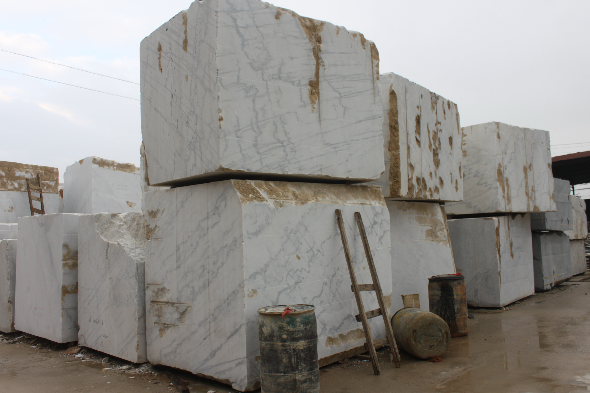 Guangxi White Chinese Marble Quarry (5)